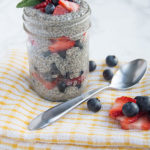 chia seed berry breakfast