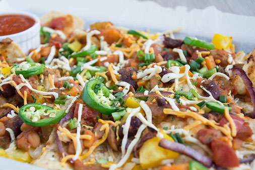 Vegan cheeze nachos