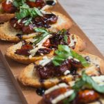 balsamic tomato crostini